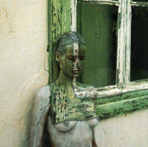 Regarder : corps peints